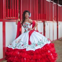 vestidos vermelhos de debutante Desconto 2020 Nova Querida Bordado Vermelho Bola de Vestido Em Torno Ruffle Organza Quinceanera Vestidos De Cetim Prom Party Debutante Doce 16 Vestido de Baile Prom