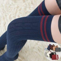 2019 колледж носки Над коленом носки японские спортивные чулки колледж ветер осень и зима студенты высокие носки чулки спортивные чулки дешево колледж носки