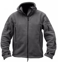 männer außenjacke polar Rabatt Neue Militär Fleece Tactical Jacket Outdoor Polartec Großhandel Thermische Atmungsaktive Sport Wandern Polar Jacke Hohe Qualität