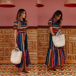 2019 maxi robes de soirée florales Floral Long Maxi Dress des femmes manches régulières Soirée Summer Summer Rainbow Striped Beach Dresses maxi robes de soirée florales pas cher