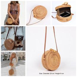 7fee1a786 2019 bolsas de ratã Bohemia Palha Praia Rodada Sacos de Rattan Tecido Praia  CrossBody Bag Bolsa