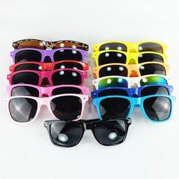 12 шт гвоздей Скидка Mainstream стильные современные пляжные конфеты цвета метров ногтей солнцезащитные очки солнцезащитные очки полный кадр унисекс очки 12 цветов MMA2145