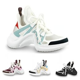 спортивная свадьба Скидка 2019 новый высококачественный открытый женская спортивная обувь в кожаной спортивной обуви роскошные свадебные туфли партии Triple S повседневная обувь