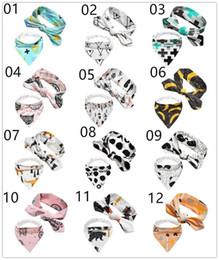 INS hot set / 2 unids bebé infantil triángulo Bandana baberos baberos de dibujos animados paños del eructo Puro algodón doble capa baberos pañuelo bufanda con las vendas K0043 desde fabricantes