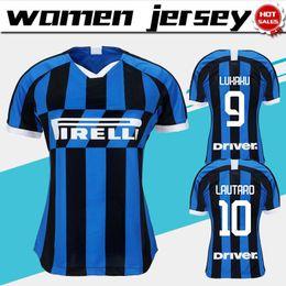 Calcio femminile online-Maglie donna 2020 Inter Home Maglia da calcio 19/20 Maglia da calcio femminile Inter Inter # 9 LUKAKU # 10 LAUTARO # 14 NAINGGOLAN Uniforme da calcio personalizzata