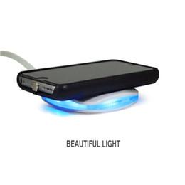 Qi pad de charge sans fil standard en Ligne-Élégant chargeur sans fil suqare avec lumière froide pour Samsung s7 s8 note8 iphone 8 X émetteur de charge standard Qi hautement efficace