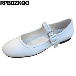 2019 diseñador de ballet Zapatos de punta redonda china suave ballet flats mujeres blanco 2019 calzado negro mary jane japonés escuela chino diseñador bailarina diseñador de ballet baratos