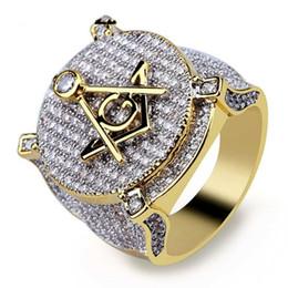 2019 anelli massonici Zircone Ice Bling fuori Big Ampia massonico Anello pieno d'oro di rame Materiale Massoneria Anelli Uomo di Hip Hop Rapper gioielli 7-13 sconti anelli massonici