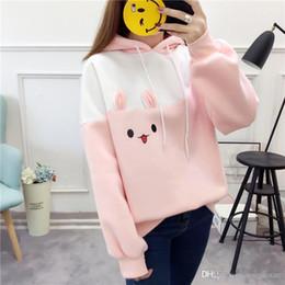 2020 abrigo japonés con capucha mujer Hipster Kawaii Rabbit Cartoon Hoodie Japanese Hit Color rosa sudadera Harajuku Fleece cálido lindo abrigo de invierno mujeres abrigo japonés con capucha mujer baratos