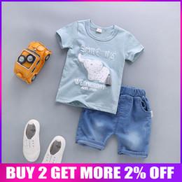 Kleider babys junge billig online-BibiCola Sommer Baby Jungen Kleidung Sets Kind Jungen Cartoon Shirts + Shorts Hosen Anzüge Infant Marke Trainingsanzüge billige Kleidung