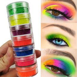 2019 sombra de ojos pigmento mineral 7 colores Mix / set Neon Loose Powder Sombra de ojos Pigmento Mineral Spangle Nail Powder Maquillaje Shimmer Shining Eye Shadow sombra de ojos pigmento mineral baratos