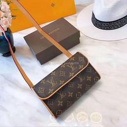 Nouveau Mode Femmes En Cuir Véritable Petit Taille Sac Femmes Fanny Pack Pour Les Femmes En Cuir Ceinture Sac Hommes Taille Pack Avec Boîte ? partir de fabricateur