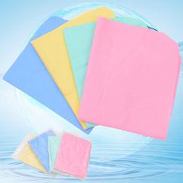 tapis absorbant l'eau Promotion Tapis absorbant l'eau de couleur unie Soft Faux Suede Pet Dog Bath Clean Serviette Envoyé au hasard à séchage rapide