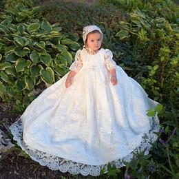 Canada Élégant Blanc / Ivoire Dentelle Robes De Baptême Infant Robes Bébé Fille Robes De Baptême Robes Longues Manches Première Communion Robes Avec Chapeau 08 Offre