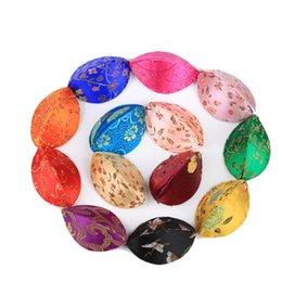 2020 scatola di imballaggio del regalo del broccato Cassa dei monili Imballaggio Mini Shell Craft Confezioni Regalo di mano di seta del broccato moneta contenitore di immagazzinaggio anello sconti scatola di imballaggio del regalo del broccato