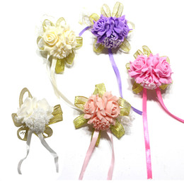 50 adet ADEDI El Işi Bilek Çiçek Dekorasyon Yapay Köpük Çiçek Düğün Olay Gelin Gelinlik için El Çiçek Ev Partisi Tatil dekor nereden