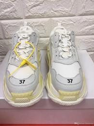 Chaussures de dressage pour garçon en Ligne-Nouveau créateur de mode chaussures homme baskets top qualité femme chaussures de sport Triple s garçon randonnée chaussure dame robe chaussure chaussures de maison essentiel