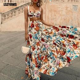 Böhmische sommer-outfits online-Böhmischer Blumendruck Zweiteiler Frauen Träger Sexy Crop Top Und Hohe Taille Rüschen Maxirock Anzüge Sommer Beach Party Outfits