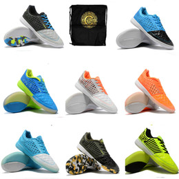 stivali indoor da cr7 Sconti 2019 scarpe da calcio da uomo Mercurial VII Pro IC tacchetti da calcio impermeabili CR7 scarpe da calcio al coperto economiche nuove scarpe calcio