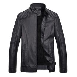 Rivestimento del colletto velluto mens xl online-Nuovi uomini Pu Leather Qiu Dong con giacca di velluto collo cappotto uomini giacche di pelliccia giacca di pelle Mens tasche casual 2018