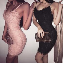 dimagrendo gli abiti di anni nuovi Sconti Nuovo Slim elastico peluche Dress Club Per nappe Bodycon del partito Vestido Donne Donne Sexy Scollo a V Mini abito di Capodanno