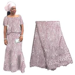2019 tecido de laço de tule francês branco Mais recente tecido de renda nigeriano branco de alta qualidade tecido de renda africano para as mulheres rendas de tule francês com pedras 2019 tecido de laço de tule francês branco barato