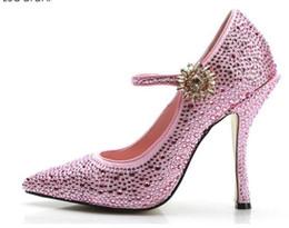 Zapatos rosados de la boda del diamante del rhinestone online-2019 mujeres otoño zapatos de boda de las señoras rhinestone stud bombas de piedras rosadas zapatos de tacón alto zapatos de diamante bombas zapatos de fiesta