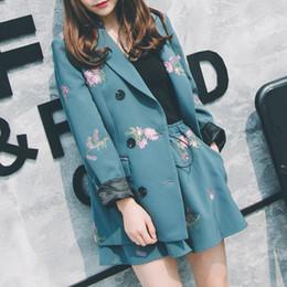 ELegant Office Lady Short Suit Set Women 2 Piece Set Floral Printed Jacket  Blazer + High Waist Mini Pant Suits Female Tracksuit D19011501 abe080644