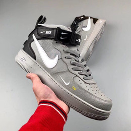 2019 luz rosa huarache nike air force 1 one 2019 Barato 1 Utilidad Classic Black White Dunk Hombres Mujeres Zapatos casuales red one Sports Skateboard High Low Cut Wheat Entrenadores Zapatillas 36-44