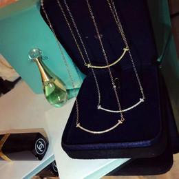 Corona de cristal, colgante redondo, collar chapado en oro con cadena de plata, joyería de acero inoxidable para o número de artículo desde fabricantes