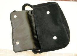 Bolsas de estudiantes universitarios online-Moda CC Oblique satchel 2018 nuevo estudiante universitario solo hombro simple bolso mujer gran capacidad de colección de almacenamiento de regalo VIP Regalo