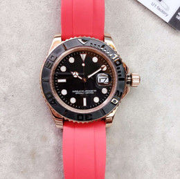 Relógios de pulso elegantes homens on-line-Elegante Moda Movimento Automático Rodada Dial Rose Gold Case Pulseira De Borracha Vermelha Men Watch 44MM Mens Relógios Relógios De Pulso