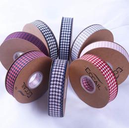 Deutschland Neu 100yard Einladung Houndstooth Band-DIY-Bogen-Haar-Zusätze Blumenstrauß-Verpackungs-Band-Kleidung, Geschenkkarton Dekorative Plaiddruck Band Pocke Versorgung