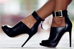 Кожаный вамп онлайн-Натуральная кожа Peep Toe Пинетки Высокий Vamp Металлическая пряжка Декор Вырез сапоги Высокий каблук Zip Up Женщина Весна Осень Летняя обувь