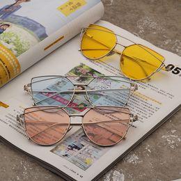 katzenaugen metallrahmen Rabatt Mode frau cat eye sonnenbrille retro männer metallrahmen fahren sport brillen outdoor dame reise strand brillen tta1133