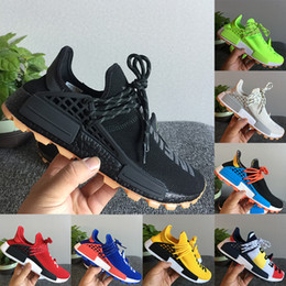 2020 chaussure âmes  Originals NMD Human Race BBC Designer Chaussures Pharrell Williams Hu Solar Pack Oreo Multi Color NERD mens femmes Golf chaussures de course chaussure âmes  pas cher