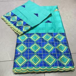tela bordada de terciopelo rojo Rebajas Bordado cuadrado superior a cuadros con tejido suizo 100% algodón rhinestone 5 + 2 yardas tissu africain bufanda de algodón brode, tejido brocado