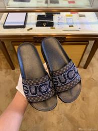 Pantofole di qualità online-alta qualità Con Box 2019 Scivoli Estate Designer di lusso Spiaggia coperta G Sandali Piatti Ciabatte Infradito casa Con marchio sandalo wester