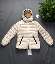 Casacos de mulher de marca para baixo casacos on-line-Mulheres Designer de Casaco Para Baixo Casaco de Inverno Outono Com Capuz Grosso Para Senhora Marca Blusão Outerwear Jaqueta Com Capuz Mulheres Para Baixo Casaco
