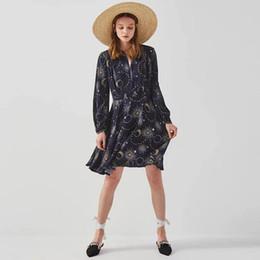 Maglia chiffona navy online-Abito da donna Vestito di spilla in metallo a vita alta in chiffon con scollo a V blu chiaro stampato in chiffon