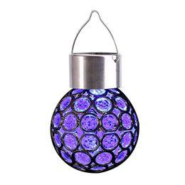 Luz solar crepitante online-Luces colgantes solares coloridas al aire libre - Globo decorativo Ball Lantern 7 colores LED Crackle Glass para patio, jardín Césped Calzada Calzada