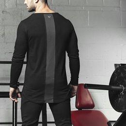 camicia a maniche lunghe della palestra di mens Sconti 2018 Mens Summer gyms Workout Fitness T-shirt di alta qualità Bodybuilding magliette O-Collo maniche lunghe in cotone Tee Tops abbigliamento per uomo