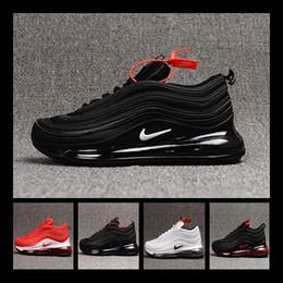 Zapatillas de deporte de moda de los hombres más calientes online-[Con reloj deportivo] Designer shoes men women Nike 97 AIR MAX Venta caliente Nuevos hombres zapatos para correr Cojín KPU Zapatos de entrenamiento baratos de plástico Zapatillas
