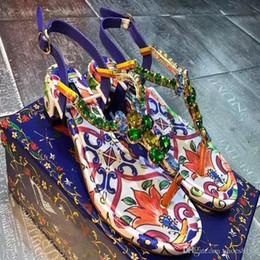 2019 sapatos de casamento de salto largo Verão nova tendência da moda D-G, sandálias antiderrapantes, sapatos confortáveis e sensuais, sapatos de luxo em couro tamanho 34-42 número: 51-9556 s8