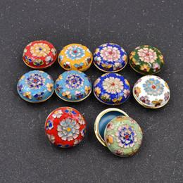 ring stand cinese Sconti Contenitore di monili del cloisonne dello smalto del modello floreale di stile cinese dell'annata dei monili per piccolo colore casuale di immagazzinaggio dell'orecchino dell'anello