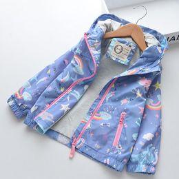 fc76da2bce5ef 2019 enfants printemps automne vestes de survêtement bébé Nouveau Printemps  Filles Manteau De Bande Dessinée Licorne