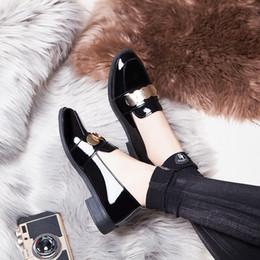 chaussures de carrière pour femmes Promotion Femme Bureau Travailler Carrière Chaussures Noir Lumineux Supérieur Coin Talon Bas Haut Slip Sur Mocassins Femmes Chaussures Habillées