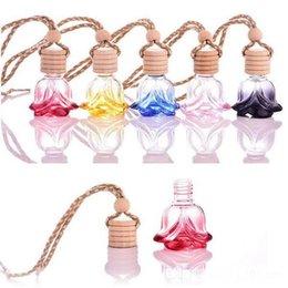 Profumo di olio di rosa online-Bottiglia di profumo di rosa forma di fiore Vetro vuoto Car Essential Oili Profumo Ciondolo Ornamento Rose Fragrance Bottles 6 stili