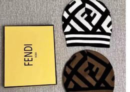 Parole di beanie online-Cappelli firmati Marca Berretto Sup Cappello invernale caldo Beanibes per donna e uomo Casquette Acrilico Cap parole