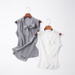 chalecos de seda Rebajas 100% seda sin mangas superior femenina verano nuevo llega seda arco suelto desgaste exterior chaleco camisa Q190430